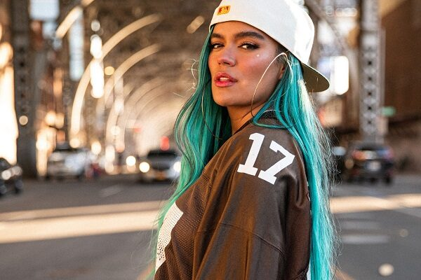 "Karol G, esce il singolo ""Location"" feat Anuel AA e J Balvin e l'album ""KG0516"""
